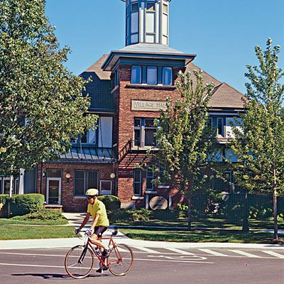 Lake Bluff, Illinois Coastal Living top 15 happiest seaside towns