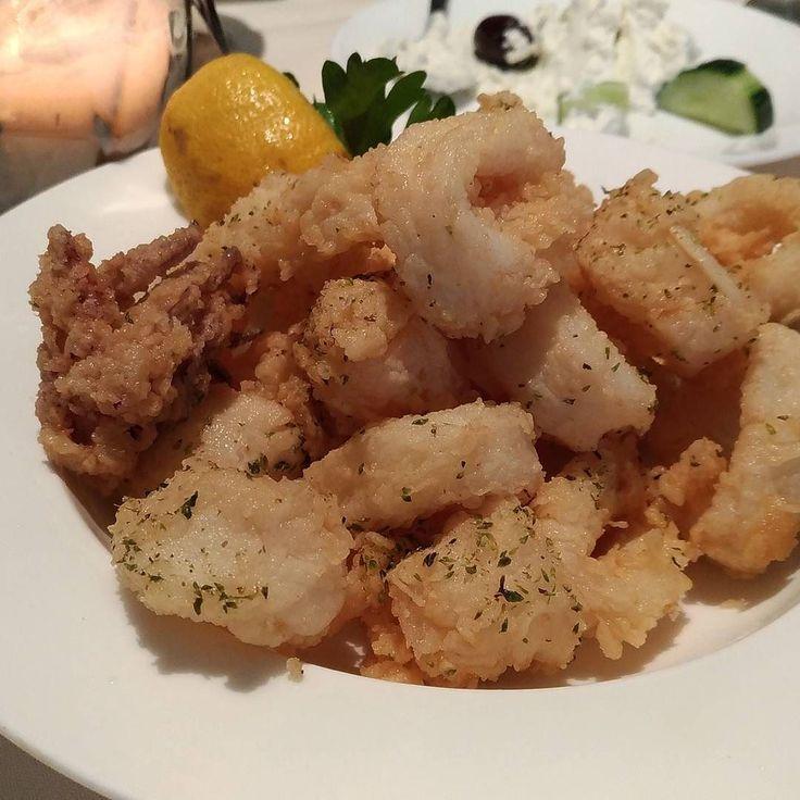 #fried #calamari #foodporn #food #Greek #restaurant June 06 2017 at 10:38PM