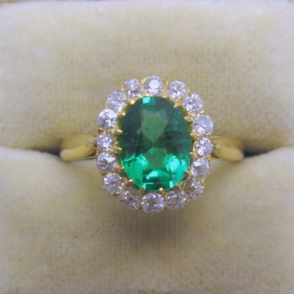 Emerald and Diamond engagement ring 4994
