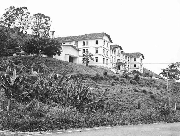 Maria do Resguardo: Seminário Maior Redentorista, Rodovia Vital Brasil, Bairro Floresta, em novembro de 1969 (foto autoria provável: Roberto Dornellas ou Jorge Couri).