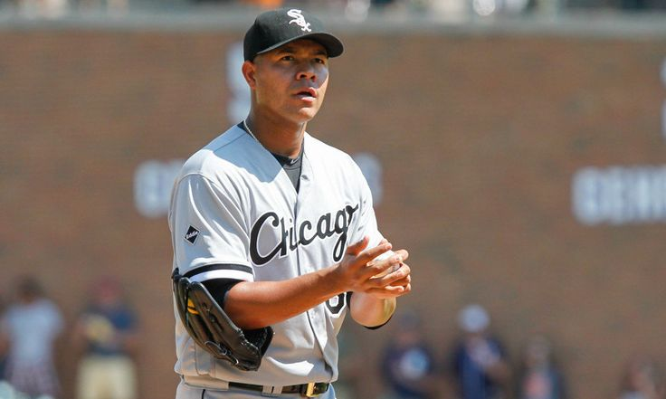CTBNL: Why the Yankees should trade for Jose Quintana = Back in April, 2015, Jose Quintana of the Chicago White Sox took the mound at Comerica Park against the Detroit Tigers. Quintana was in his fourth major league season and had begun the year with a 3.50 career ERA in 90 games. On this particular day, however, he didn't have it. The Tigers scored four runs in the first inning, one in the second, two in the third, and two in the fifth, Yoenis Cespedes hitting two home runs. Robin Ventura…