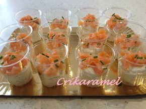 Mini verrines mousse de boursin et saumon fum�