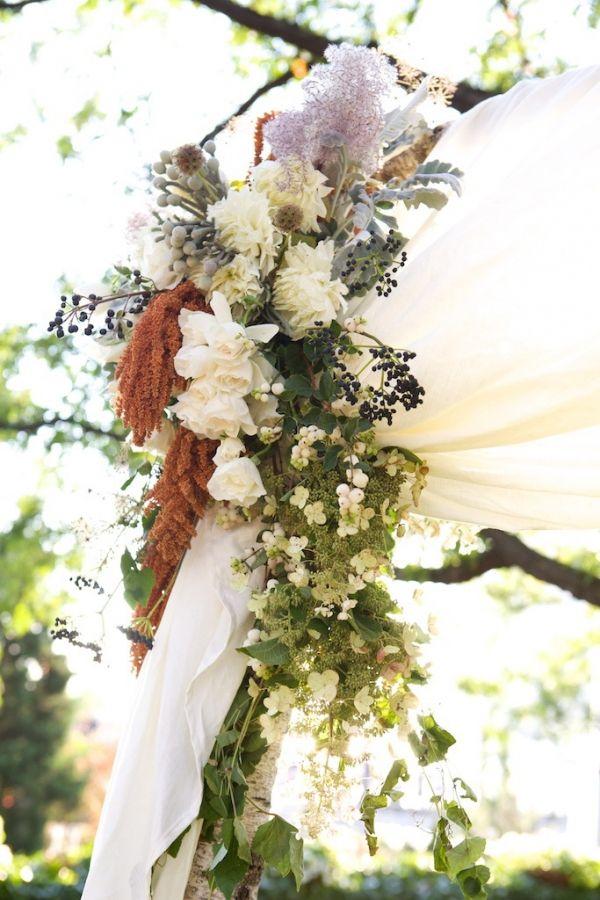 Pampas grass and amaranths...stunning!: Fall Flowers, Isle Flowers, Cascading Flowers, Flowers Wedding, Wedding Flowers, Fresh Flowers, Arbor Flowers