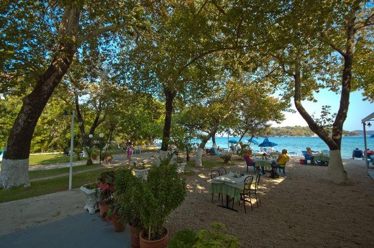 Relaxing accommodation near the sea at Avra Beach Hotel