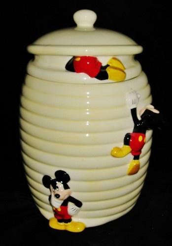 25 best ideas about cookie jars on pinterest disney kitchen disney kitchen decor and disney - Beehive cookie jar ...
