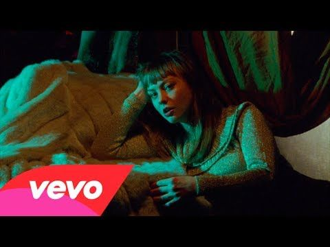 Angel Olsen - Hi-Five (Official Video) - YouTube
