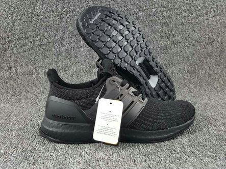 Chaussures pas cher course new adidas Ultra Boost 3 Triple Black colorway