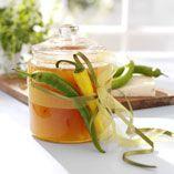 Pæremarmelade med chili og safran - Opskrifter    http://www.dansukker.dk/dk/opskrifter/paeremarmelade-med-chili-og-safran.aspx  #marmelade #chili #pære #safran #dansukker