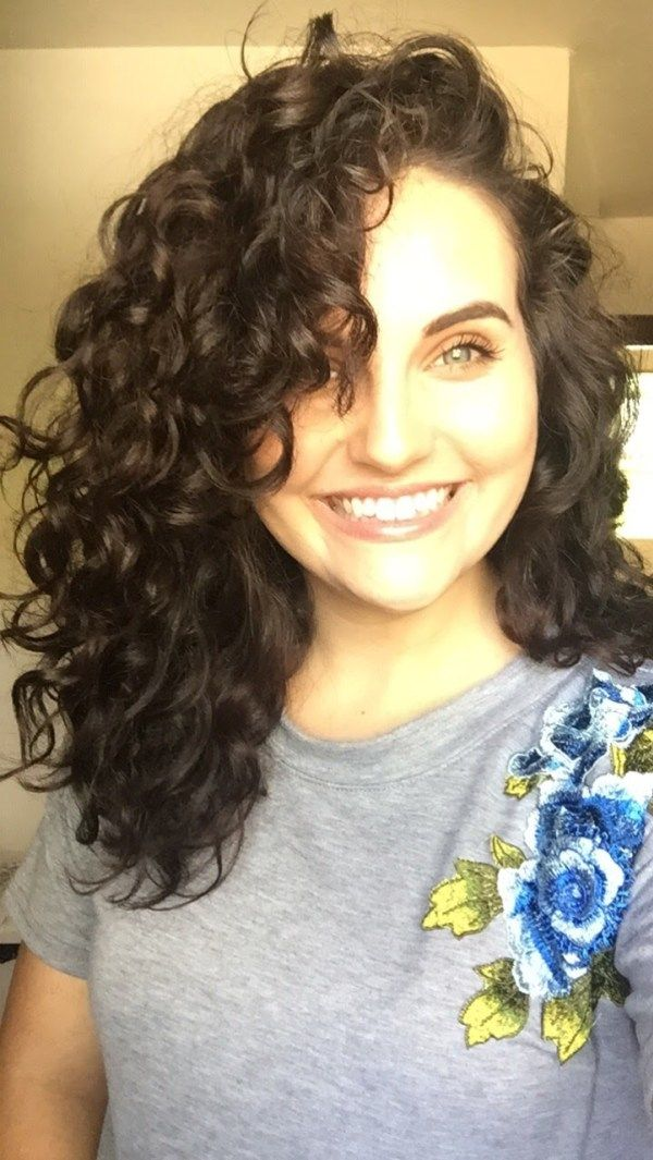white girl naturally curly