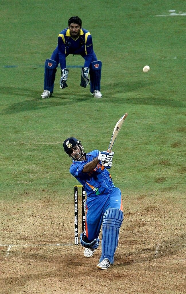 Ms Dhoni Finishing Shot 2011 World Cup Hd Images Cricket Wallpapers Dhoni Wallpapers India Cricket Team