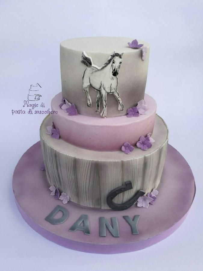 Cake Decorating Horseshoes : 155 best images about Horse Cakes on Pinterest Little ...