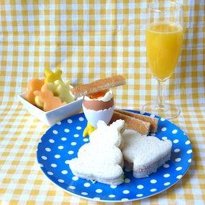 Een vrolijk paasontbijt voor kinderen! http://dekinderkookshop.nl/recipe-items/paasontbijt/