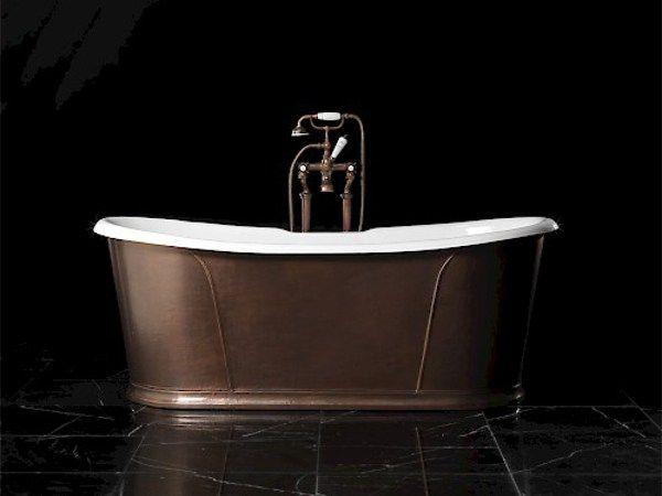 Freestanding oval cast iron bathtub CAMELOT RAME ANTICO - Devon&Devon