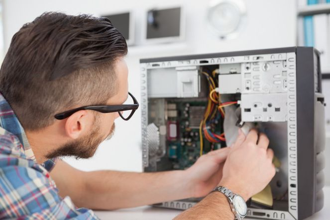 hiring-computer-repairs-services