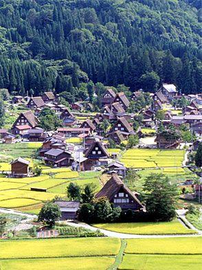 Historic Villages of Shirakawa-go and Gokayama, Gifu and Toyama prefectures, Japan. Inscription in 1995. Criteria: (iv)(v)