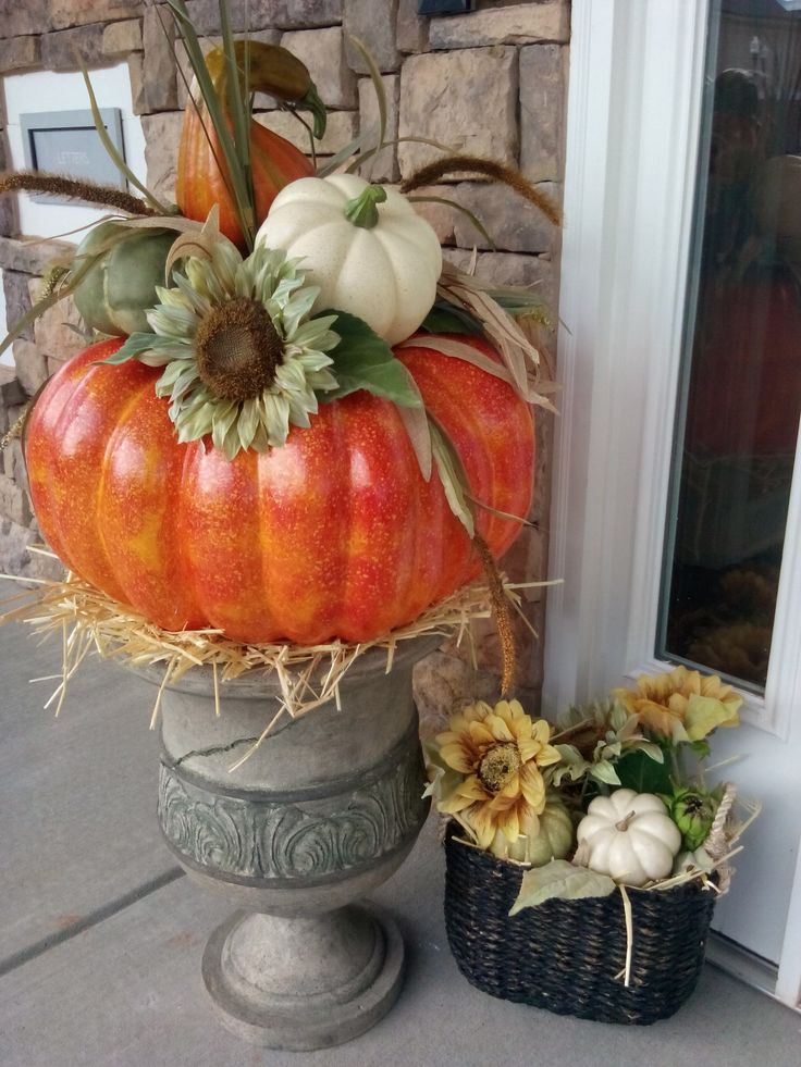 Best 20 Fall Topiaries Ideas On Pinterest Urn Planters