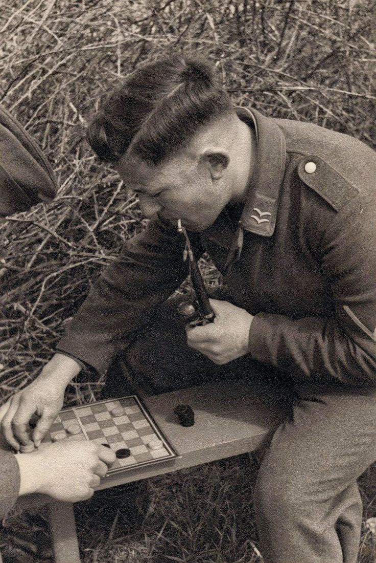 A Luftwaffe Gefreiter Plays Checkers, Via Jedem Das Seine · Luftwaffemen's  Hairstylehairstylesworld War Iiplay
