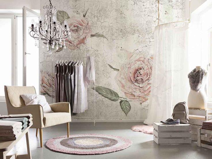 Fototapet floral Komar Tantinet - un design cu aspect vintage.