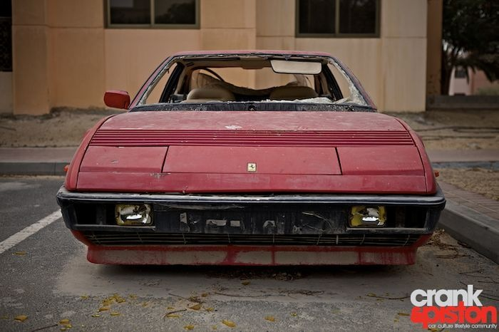 Ferrari Mondial Rotting In The Street In Dubai: Fantôm Cars, Abandoned Ferrari, Abandoned Cars, Cars Boats, Ferrari Mondial, Autotitr Com, Abandoned In Dubai Looks, Abandoned Luxury, European Cars