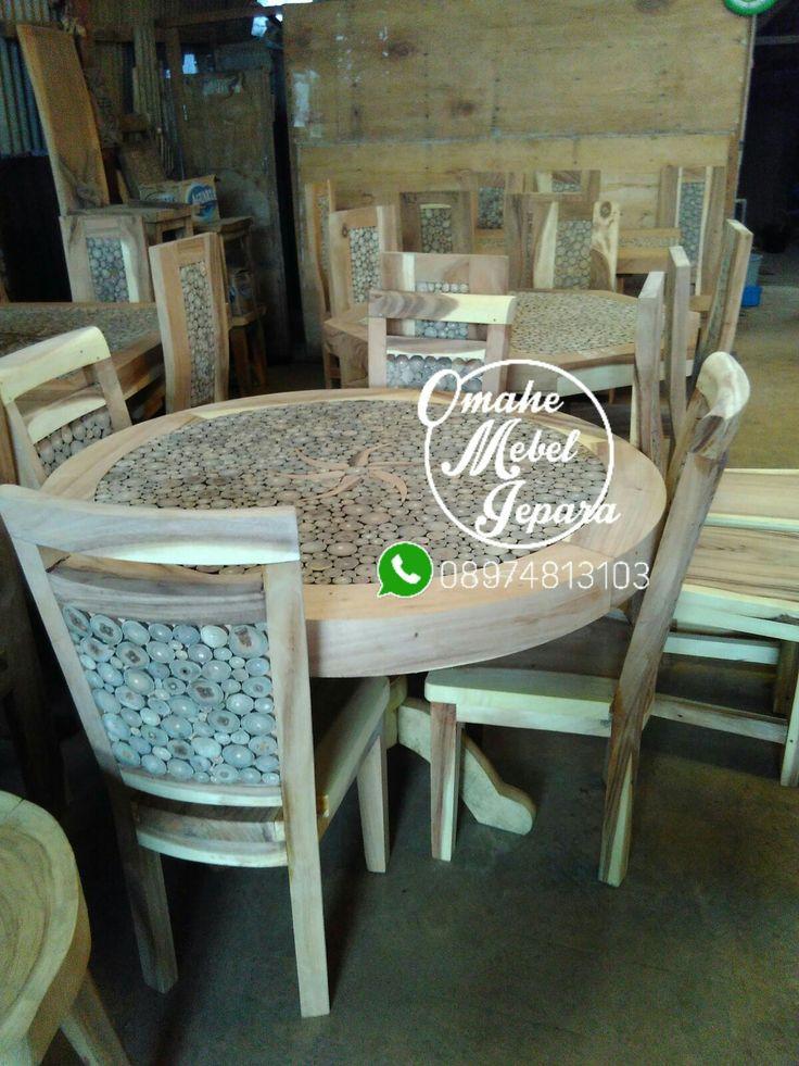 bahan : kayu meh finishing : melamin  spesifikasi : 4kursi+meja  Info &pemesanan telp/wa : 08974813103  cek instagram @omahemebeljepara
