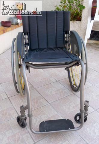 les 25 meilleures id es de la cat gorie fauteuil roulant sur pinterest bon pneu plantes. Black Bedroom Furniture Sets. Home Design Ideas