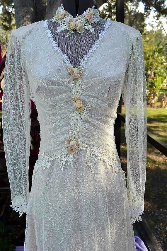 Susan Lanes Country Elegance Vintage Ivory By VintageWedding1 22500