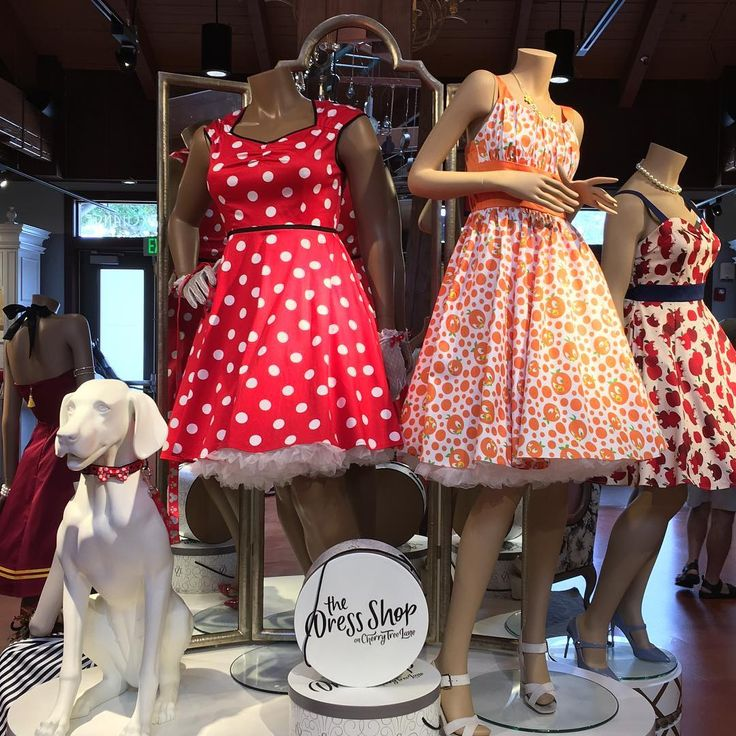 Disney Just Opened A Dress Shop For Adults And It's Freaking Amazing