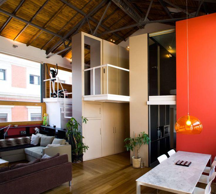 Quando um atelier é transformado em loft habitacional!  https://www.homify.pt/livros_de_ideias/33687/um-atelier-artistico-convertido-num-fantastico-loft
