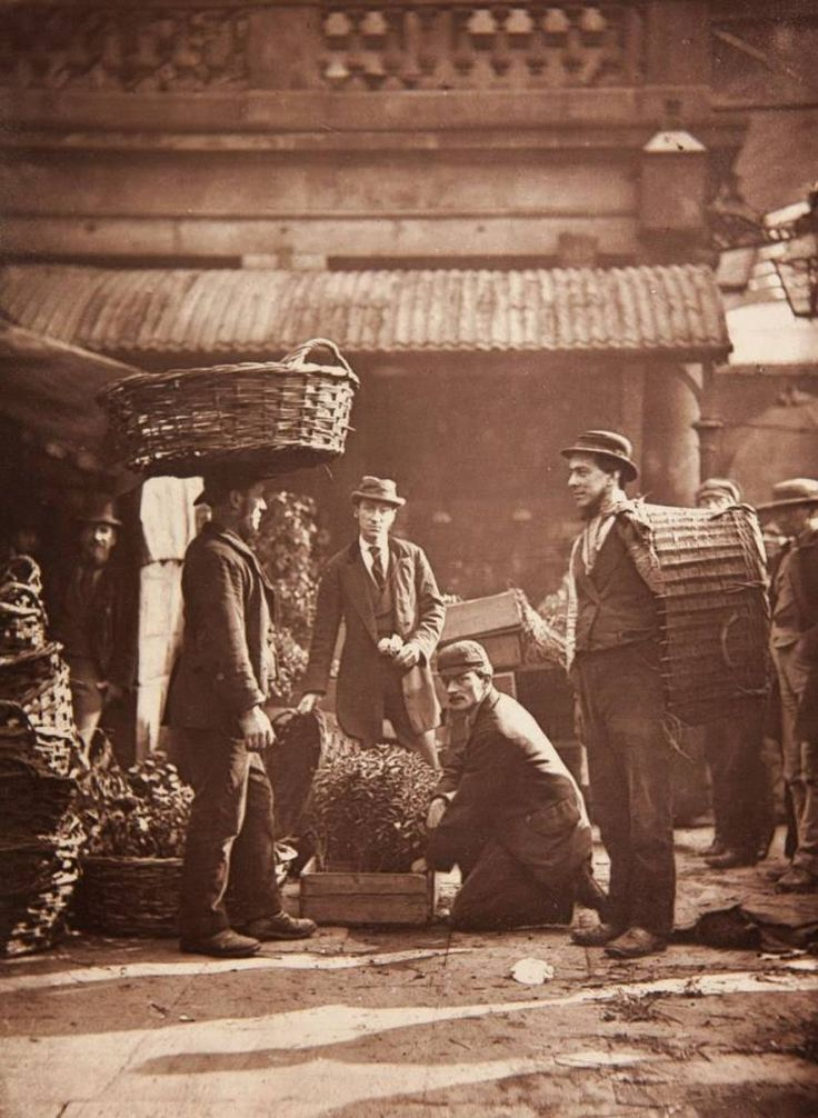 Convent garden labourers Street Life In London: 'Careful Observations Among The Poor' In 1877 (35 Photos)