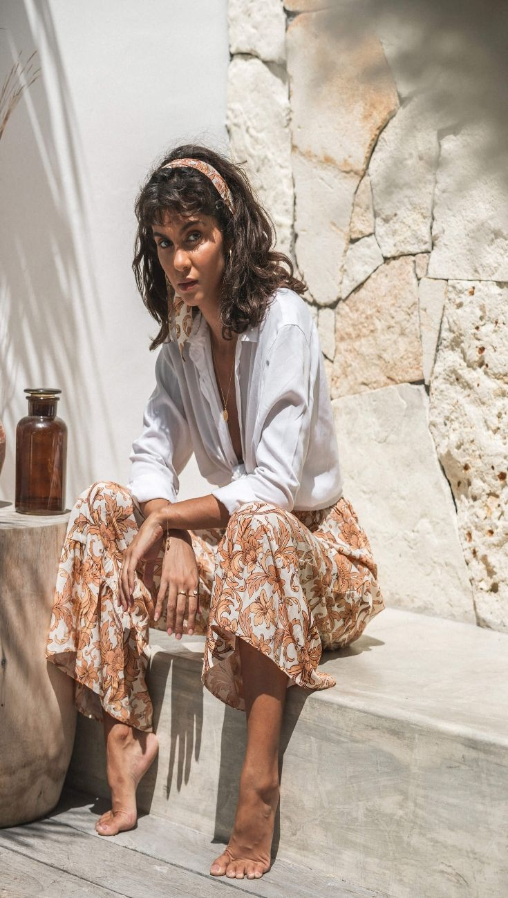 The Bachelor Creamed Ninas Jeans - Captivating Beauty