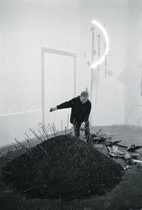 Reiner Ruthenbeck (1937–2016) http://lnk.al/3s2Q #artnews