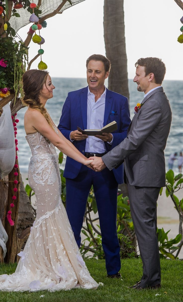 All About Bachelor In Paradise Star Carly Waddell's Idan Cohen Wedding Dress - click through for the details!