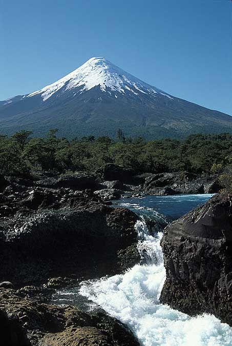 Volcán Osorno, Saltos de Petrohué, Parque Nacional Vicente Pérez Rosales, Chile