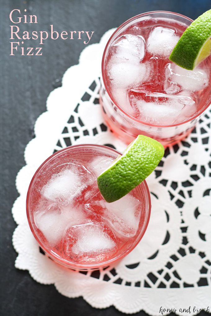 Looking for an approachable gin drink that is more than a gin and tonic? Try the gin raspberry fizz - only 4 ingredients and easy to make at home! | honeyandbirch.com