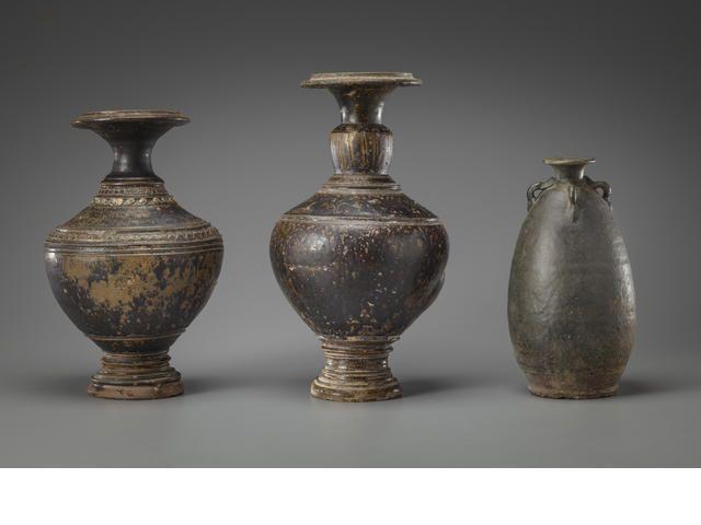 Three stoneware jars Khmer, 11th/12th century