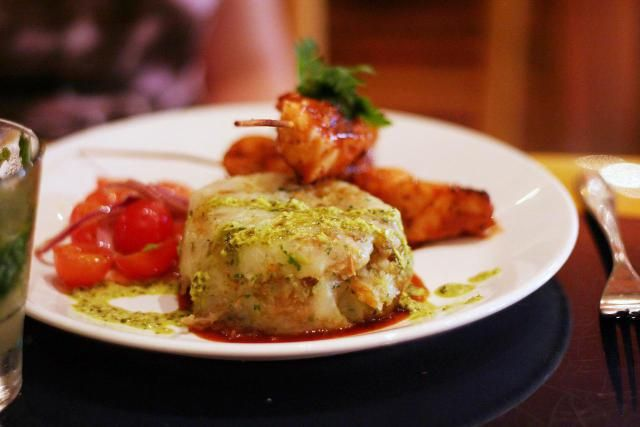 How to Make Traditional Mofongo from Fried Green Plantains