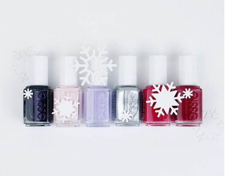 Go chic this season in essie's winter collection. Enjoy the jet black 'haute tub', powder pink 'peak show', icy lavender 'virgin snow', iconic platinum 'après-chic', sublime scarlet 'altitude attitude', and seductive ruby 'shall we chalet?'.