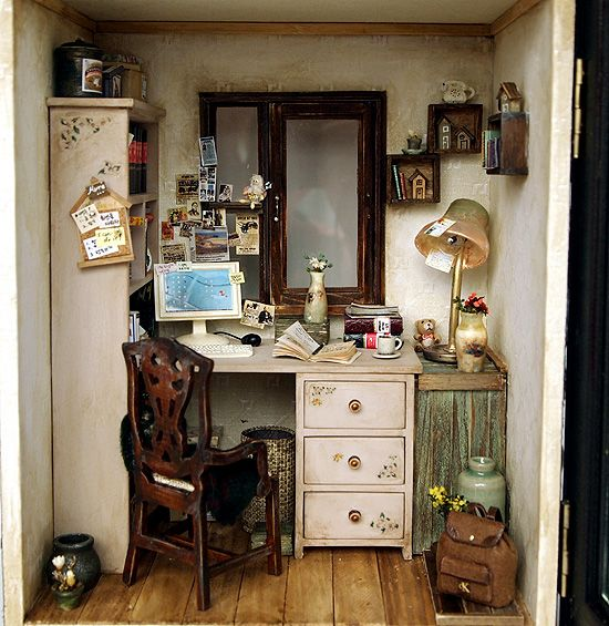 A perfect little place for creating ~ in miniature from dollshouseara study_room_1