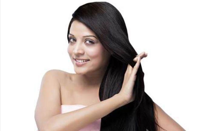 इन 10 तरीक़ों से सुलझाएं बालों की उलझन (10 Smart Tips To Get Tangle Free Hair)