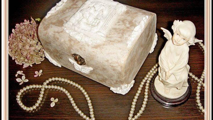 Применение техники венецианской штукатурки для декупажных работ