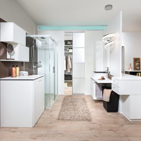 Offenes Badezimmer Im Schlafbereich   Mit Glasdusche Und  Waschmaschinenverbau | P.MAX Massmöbel   Tischlerqualität