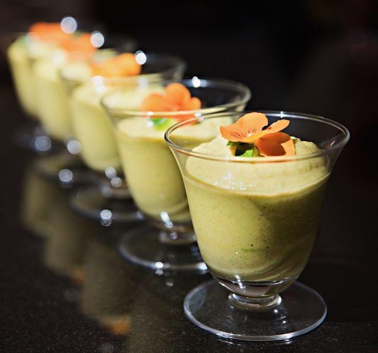 #meatfreemonday #gazpacho #avocado #delicious