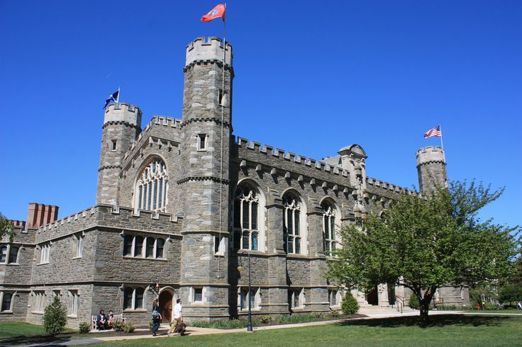 M. Carey Thomas Library — Bryn Mawr College, Pennsylvania | 21 College Campuses That Make You Feel Like You're At Hogwarts