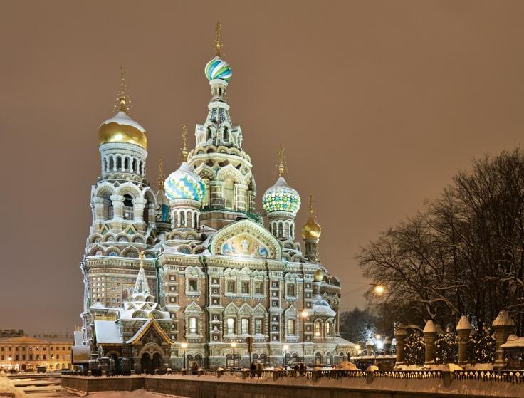 Sint Petersburg, Rusland. Het voormalige Stalingrad wordt geroemd als één van de mooiste steden van Rusland.    http://www.hotelkamerveiling.nl/hotels/rusland/hotel-sint-petersburg.html