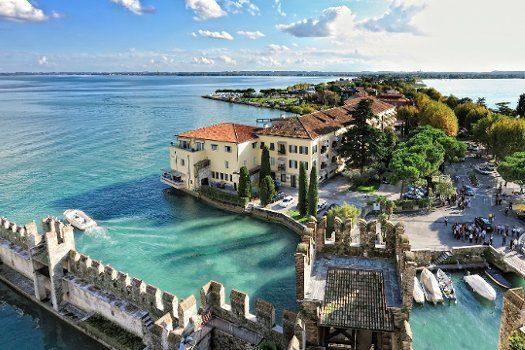 The Gem of Lake Garda — Sirmione | TravelBird