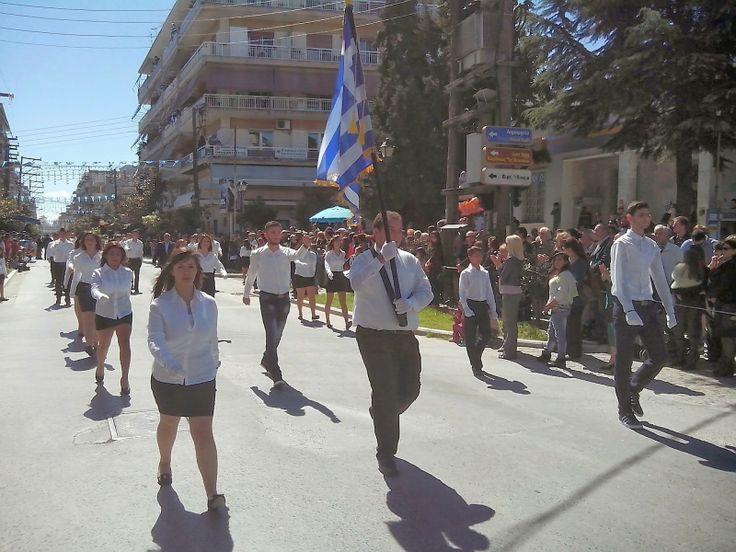ΣΕΚ Αλεξάνδρειας: Η παρέλαση του ΕΠΑΛ Αλεξάνδρειας την 25η Μαρτίου 2...