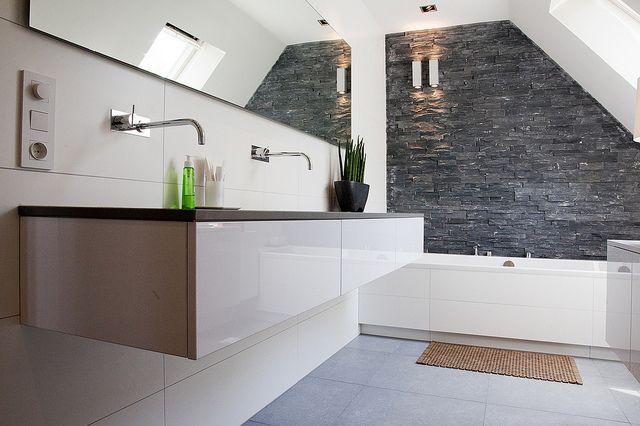 Badkamer Ideeen Zwart Wit ~ Wandje en kranen uit de muur  Badkamer  Pinterest