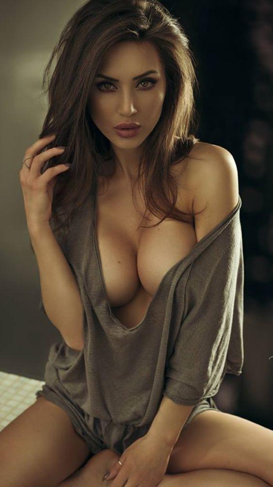 Beautiful erotic women pics — img 2