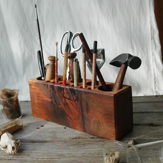 Peg and Awl: Desk Caddy: Ideas, Tools Storage, Art Studios Organizations, Offices, Wood Blocks, Desk Caddy, Desks Caddy, Paintings Brushes, Deskcaddy