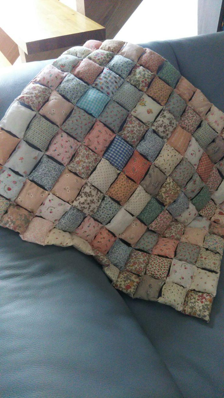 handmade 余った布で手抜きpuff quilt